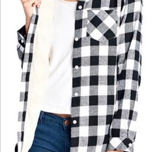 Tops - Black And White Flannel Long Sleeve Front Pocket